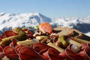 Assiette Valaisanne, spcialit Suisse